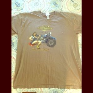 Awesome vintage 90's tan Harley Davidson T-shirt